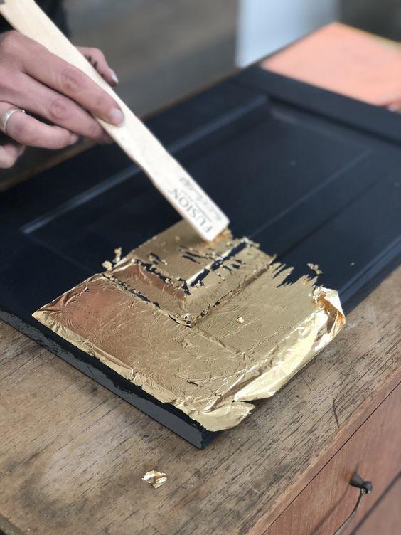 طلا روی چوب
